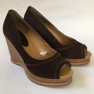 Mossimo Women's Brown Leather Wedge Heels Sox-Tab